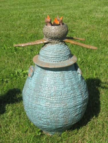 Garden Jar with nested baby Robins Lid