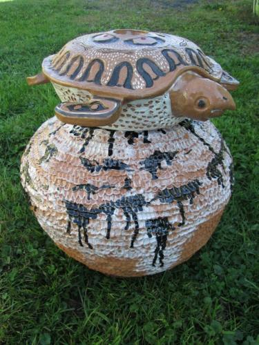 Garden Jar with Mama Loggerhead Turtle Lid